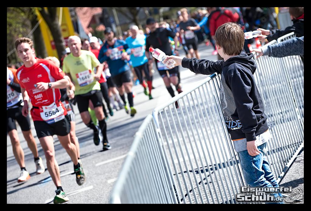EISWUERFELIMSCHUH – Hamburg Marathon Laufen Haspa Mizuno (58)