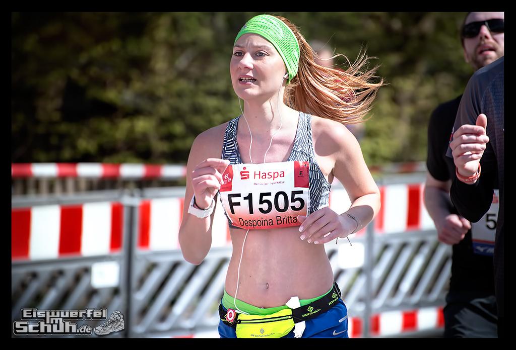 EISWUERFELIMSCHUH – Hamburg Marathon Laufen Haspa Mizuno (64)