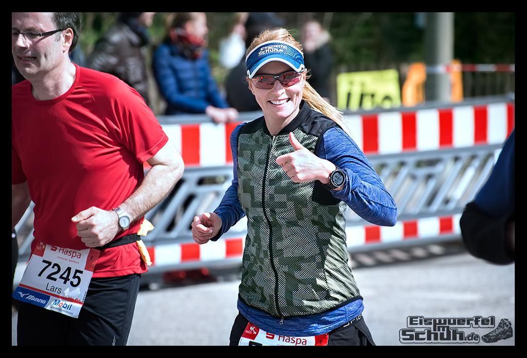 EISWUERFELIMSCHUH – Hamburg Marathon Laufen Haspa Mizuno (66)