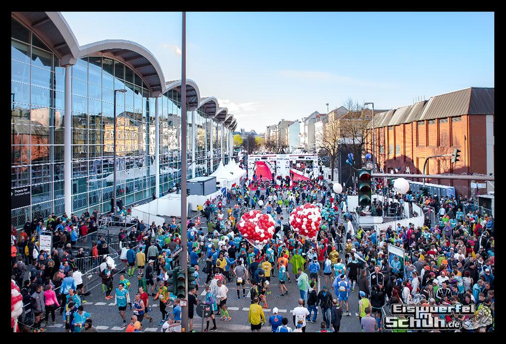 EISWUERFELIMSCHUH – Hamburg Marathon Laufen Haspa Mizuno (9)