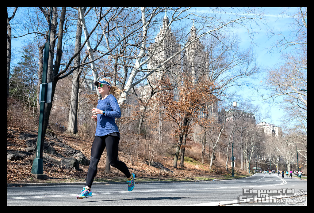 EISWUERFELIMSCHUH – Laufen Im Central Park Von New York (43)