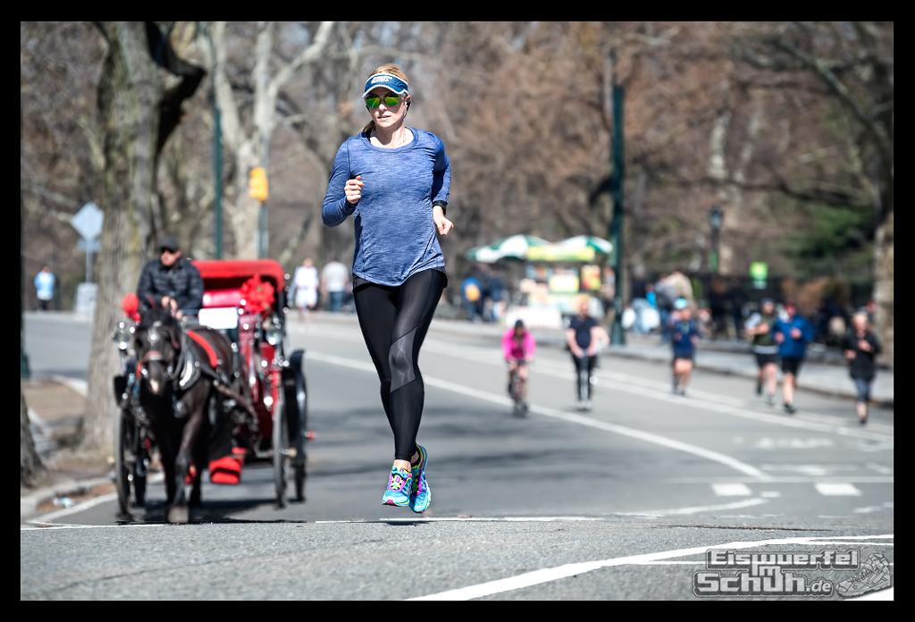 EISWUERFELIMSCHUH – Laufen Im Central Park Von New York (44)