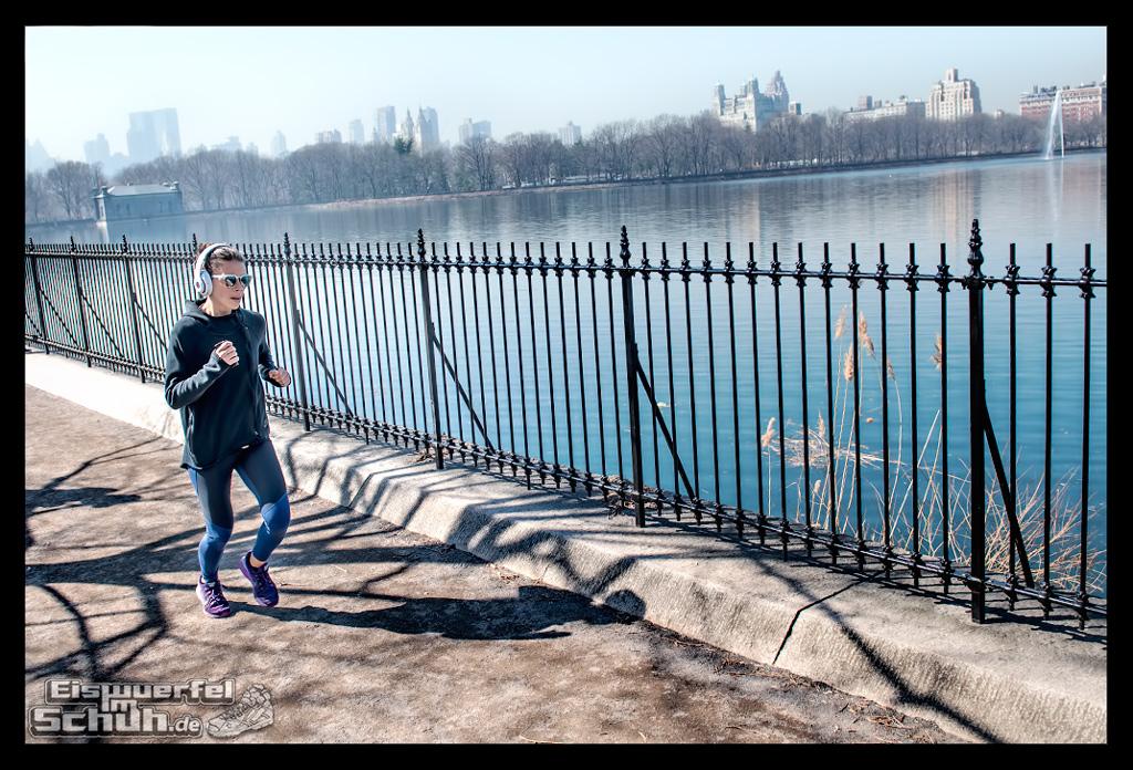 EISWUERFELIMSCHUH – Laufen Im Central Park Von New York (52)