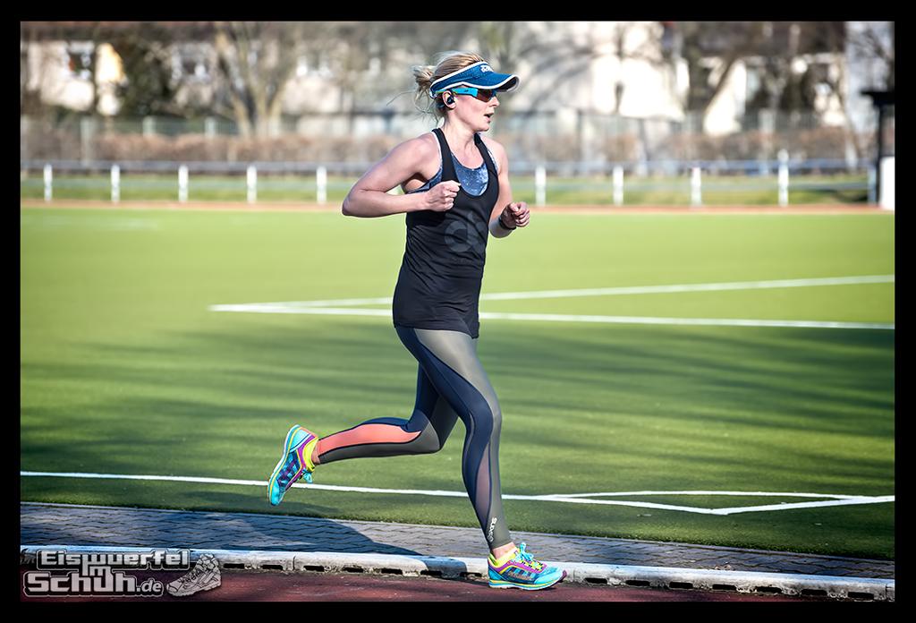EISWUERFELIMSCHUH – Laufen Training Triathlon Tartanbahn Salming Skins Dosportlive Garmin (11)