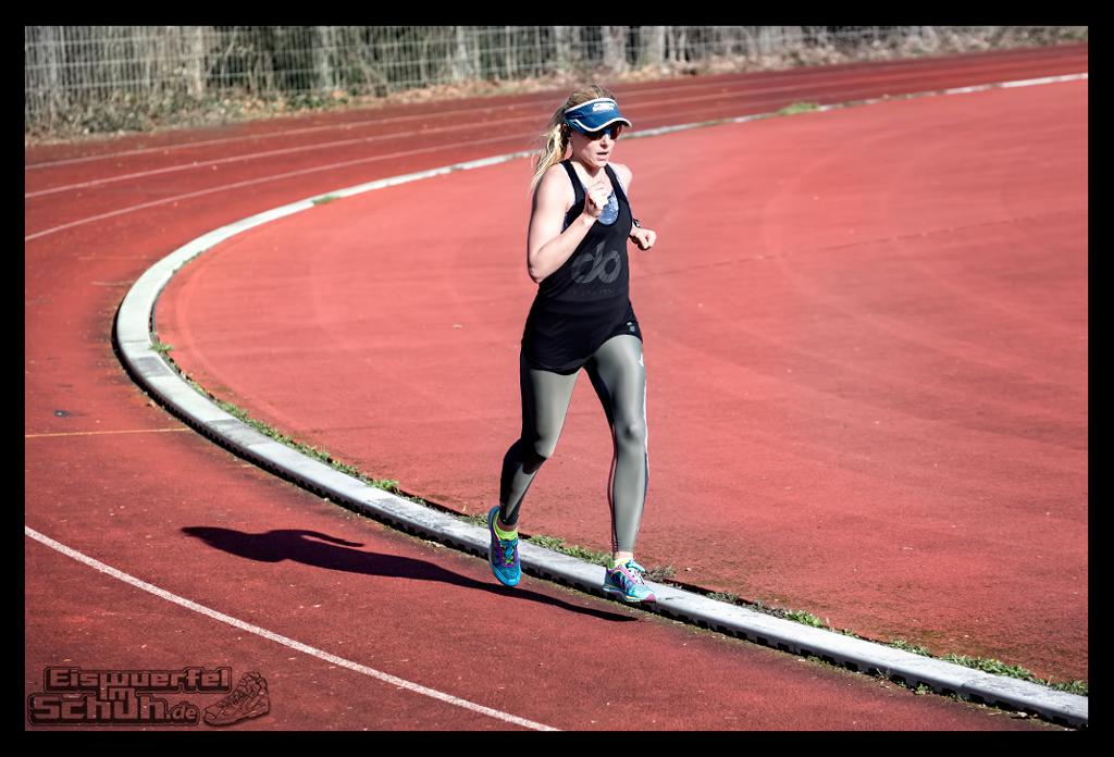 EISWUERFELIMSCHUH – Laufen Training Triathlon Tartanbahn Salming Skins Dosportlive Garmin (4)