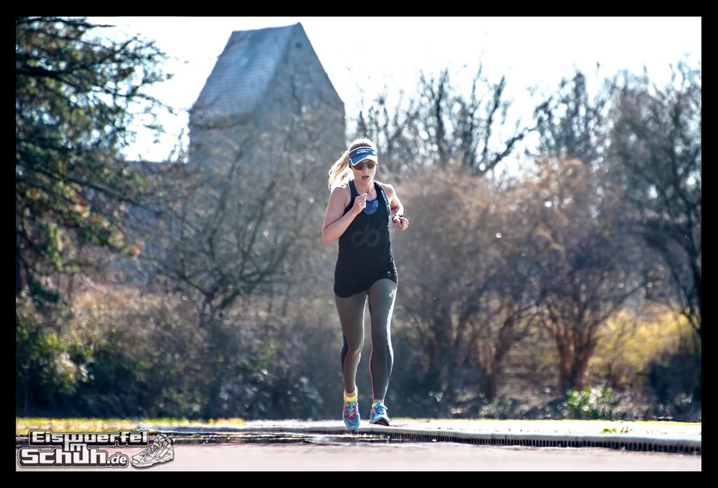 EISWUERFELIMSCHUH – Laufen Training Triathlon Tartanbahn Salming Skins Dosportlive Garmin (9)