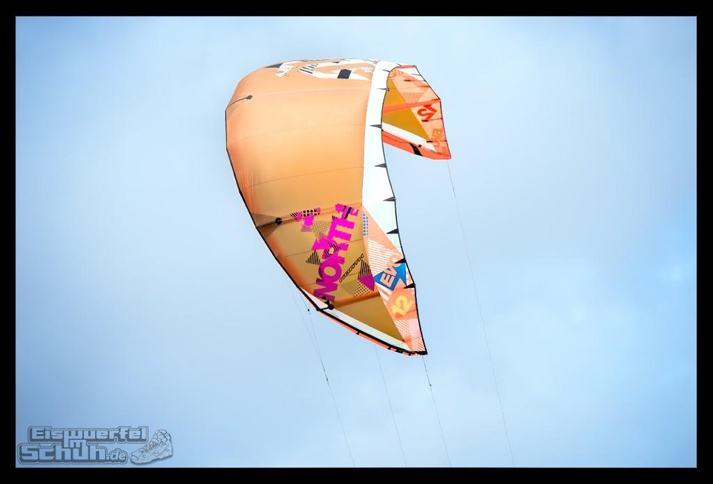 EISWUERFELIMSCHUH – Surfgeschichten Lanzarote Famara Surfen Kite I (14)