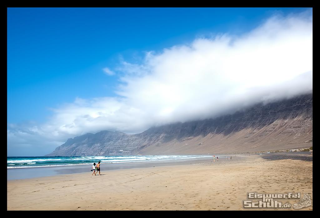EISWUERFELIMSCHUH – Surfgeschichten Lanzarote Famara Surfen Kite I (4)