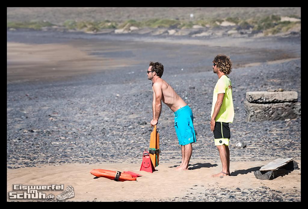 EISWUERFELIMSCHUH – Surfgeschichten Lanzarote Famara Surfen Kite I (43)