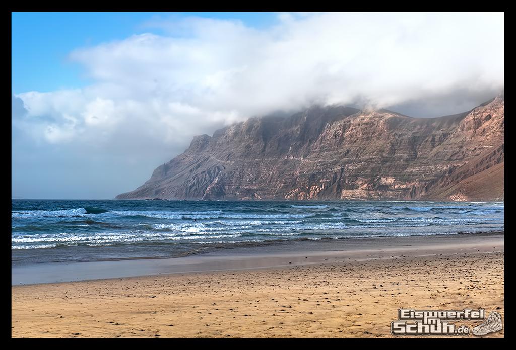 EISWUERFELIMSCHUH – Surfgeschichten Lanzarote Famara Surfen Kite I (6)