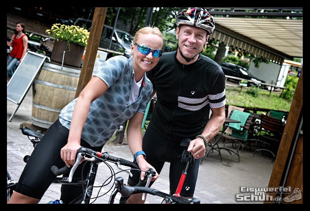 EISWUERFELIMSCHUH – FitBit Jens Voigt Tour de Berlin Fitness Tracker Radsport (52)