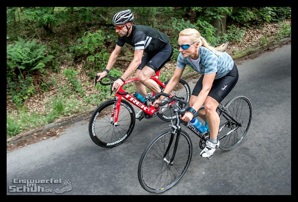 EISWUERFELIMSCHUH – FitBit Jens Voigt Tour de Berlin Fitness Tracker Radsport (56)