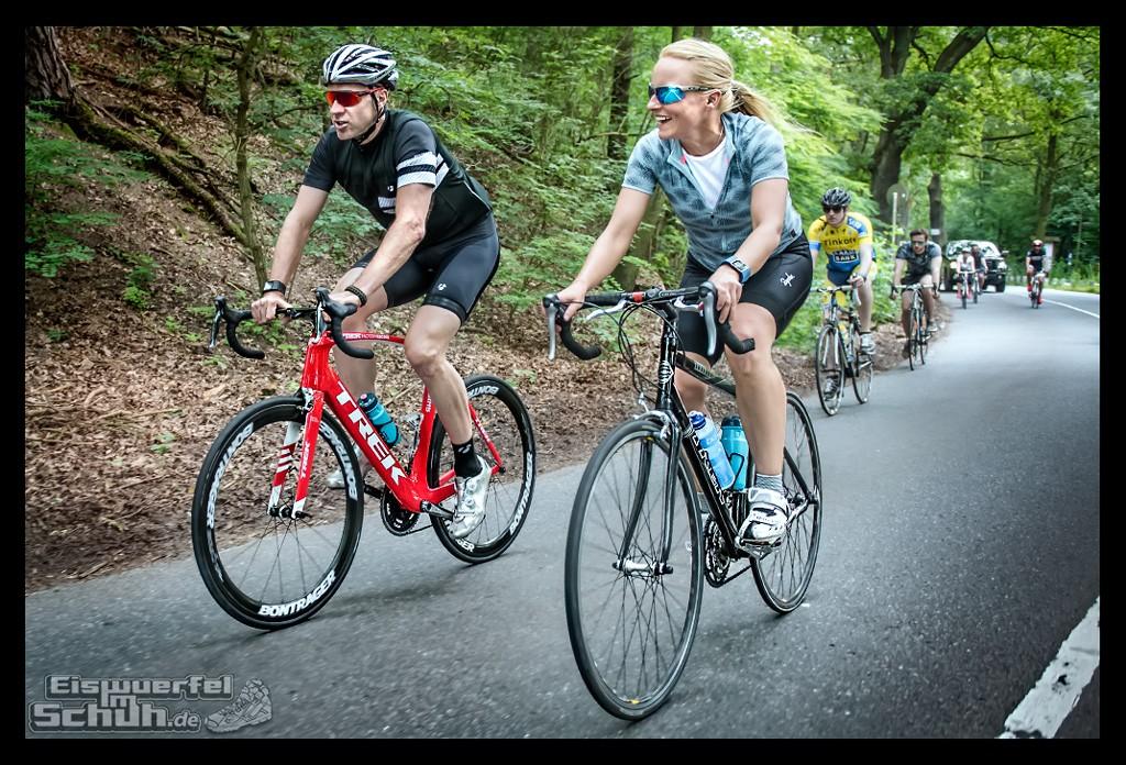EISWUERFELIMSCHUH – FitBit Jens Voigt Tour de Berlin Fitness Tracker Radsport (63)