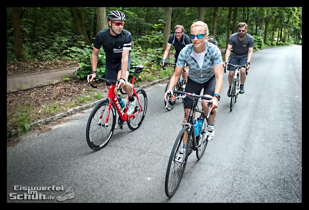 EISWUERFELIMSCHUH – FitBit Jens Voigt Tour de Berlin Fitness Tracker Radsport (65)