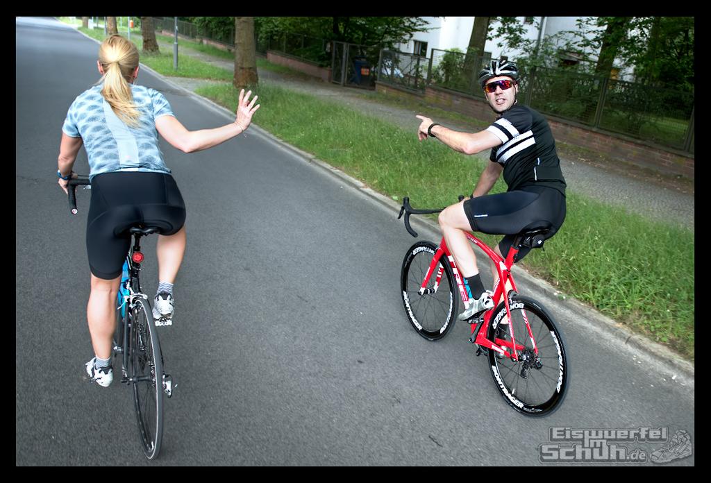 EISWUERFELIMSCHUH – FitBit Jens Voigt Tour de Berlin Fitness Tracker Radsport (72)