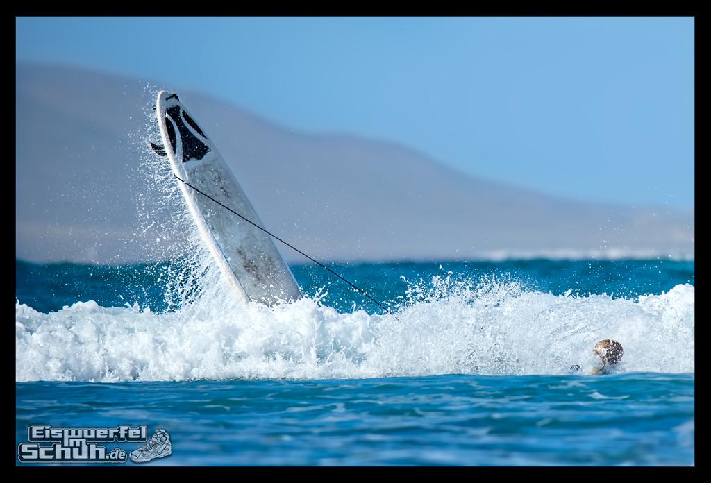 EISWUERFELIMSCHUH - Surfgeschichten Lanzarote Famara Surfen II (33)