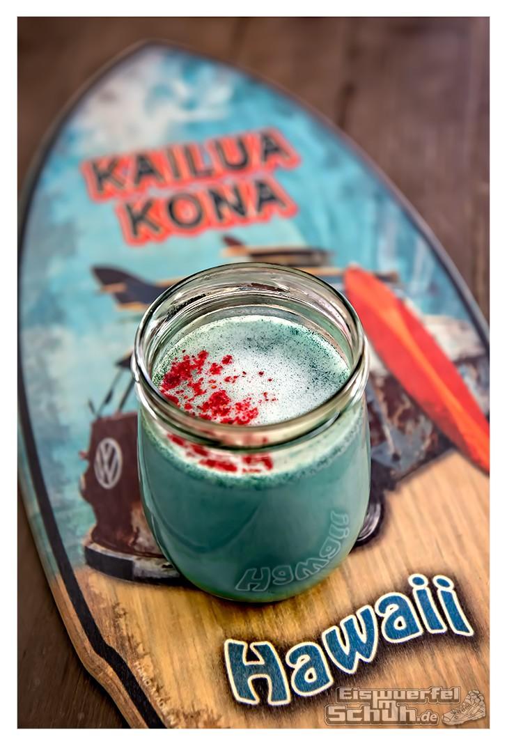 eiswuerfelimschuhkochtschnell_vegan_latte_rezept_smurf_bluealgae