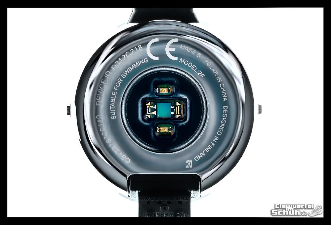 eiswuerfelimschuh polar m200 smartwatch laufen technik test laufuhr gps 30 eiswuerfel im schuh. Black Bedroom Furniture Sets. Home Design Ideas