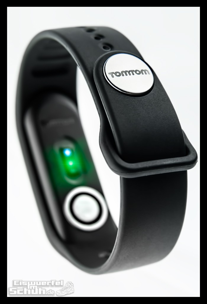 eiswuerfelimschuh-tomtom-touch-fitness-tracker-blog-activity-technik-test-9