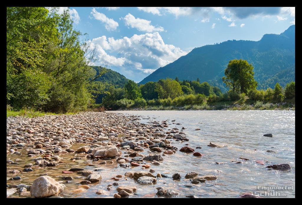 Sporturlaub im Kaiserwinkl Flussbett der Tiroler Ache