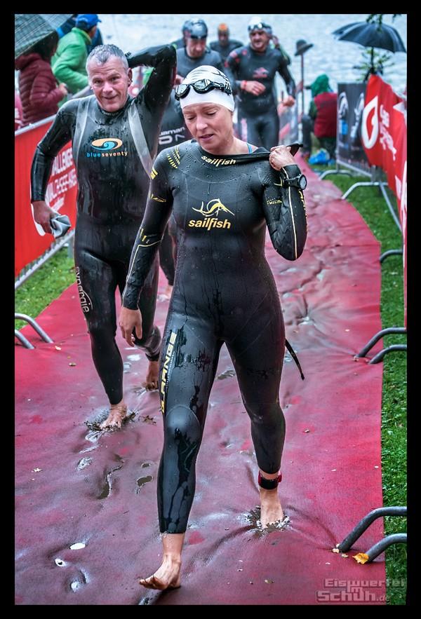 Challenge Kaiserwinkl-Walchsee Triathletin im Neoprenanzug von Sailfish