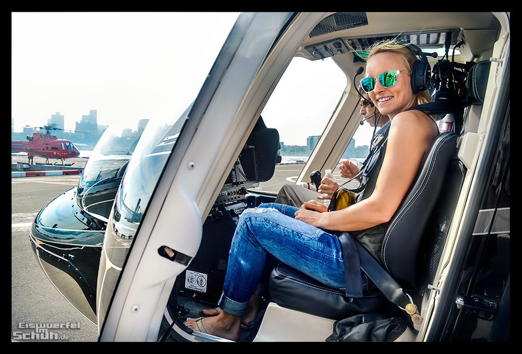 Triathletin EiswuerfelImSchuh im Helikopter in New York beim Rundflug über Big Apple