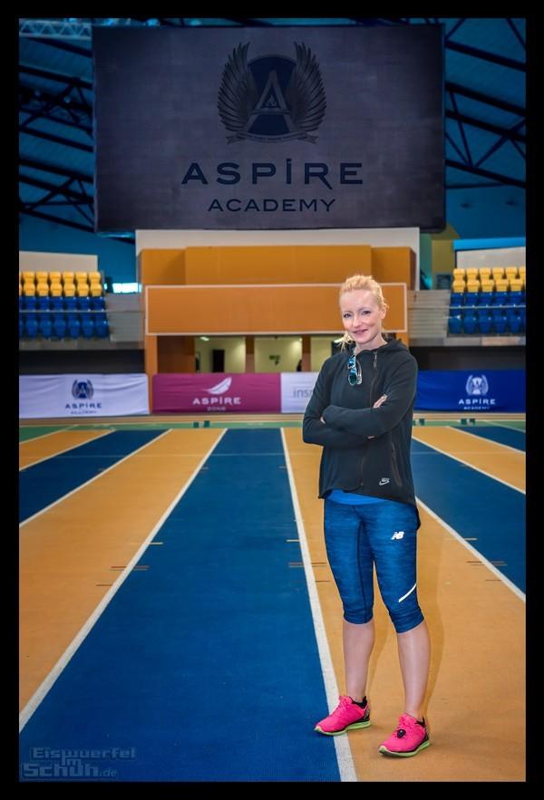 Doha Marathon Läuferin in der Aspire Zone