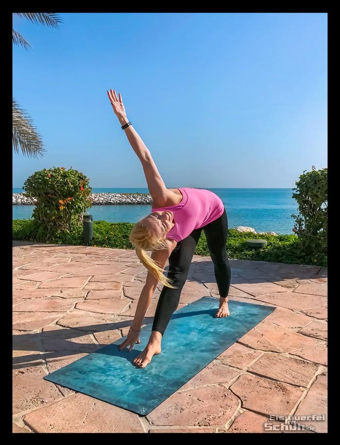 Yoga für mehr Stabilität, Kraft, Sicherheit für Triathleten - Utthita-Trikonasana