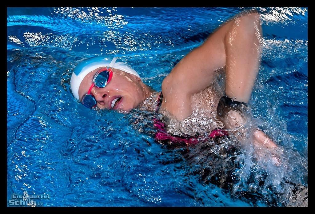 Triathlon Schwimmtraining mit Speedo und dem Garmin Forerunner 935