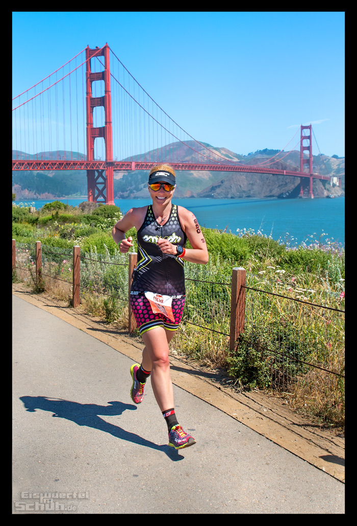 Laufstrecke des Escape from Alcatraz Triathlons mit Golden Gate Bridge