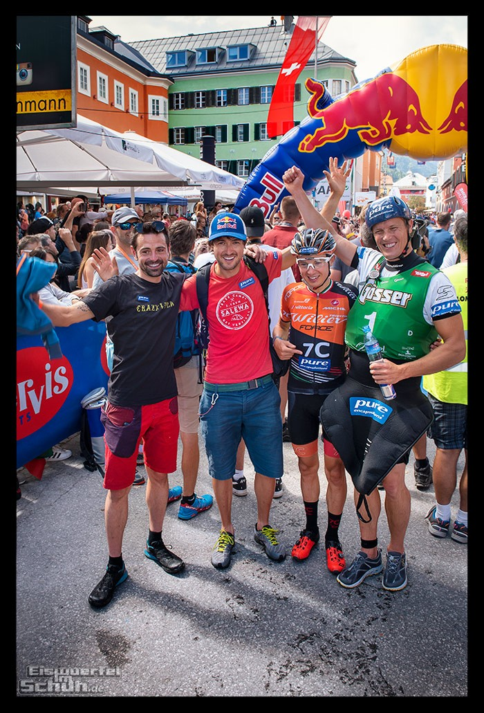 Red Bull Dolomitenmann 2018 Pure Encapsulations Team in Lienz auf dem Hauptplatz