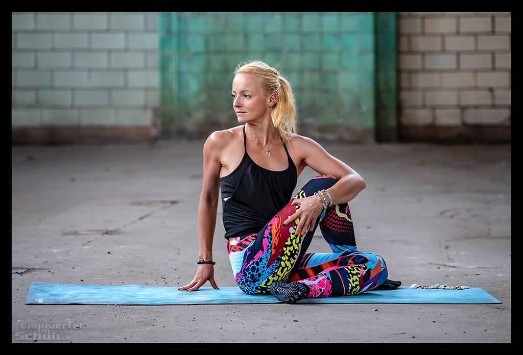 Vinyasa Flow Yoga Asana Krähe