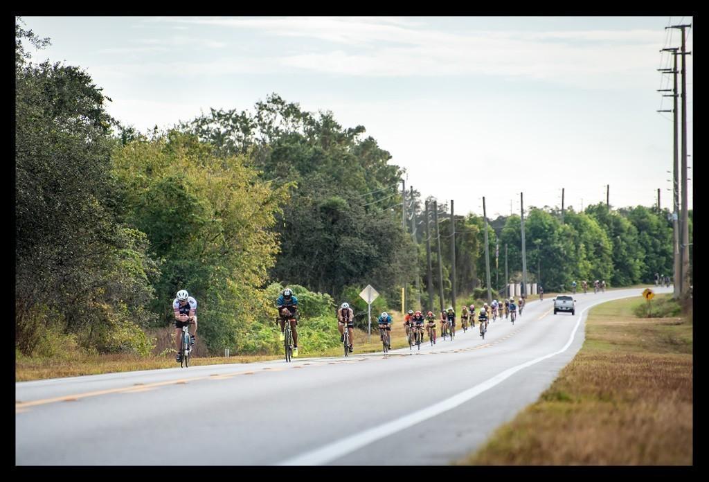 Ironman Florida 2018 Radstrecke mit endlos langen und geraden Straßen
