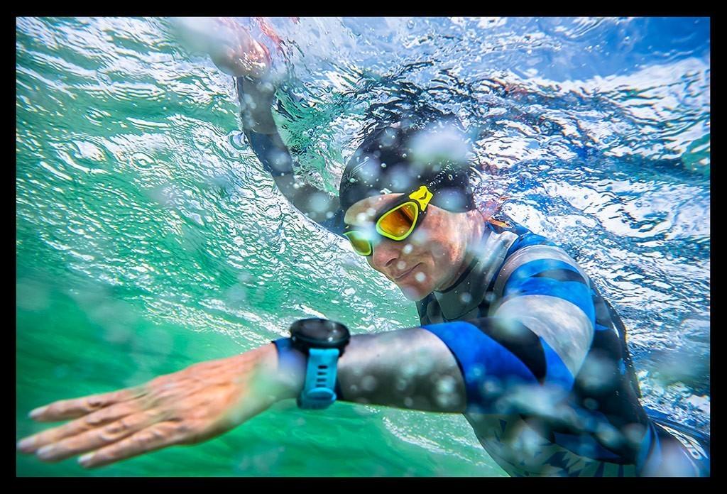Freiwasserschwimmen unter Wasser Aufnahme