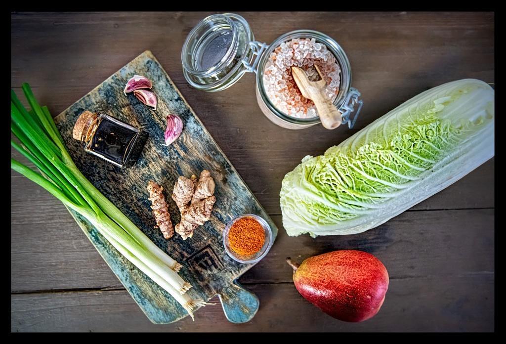 Zutaten für ein veganes Kimchi Rezept