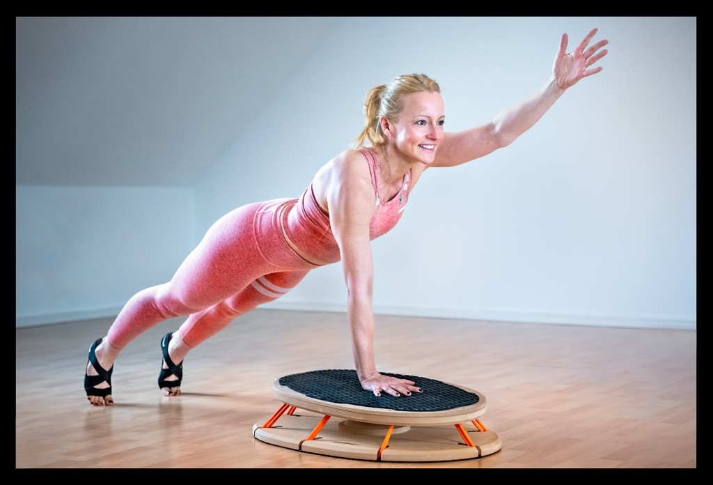 Triathletin Nadin beim Athletik Rumpfstabilität Planken